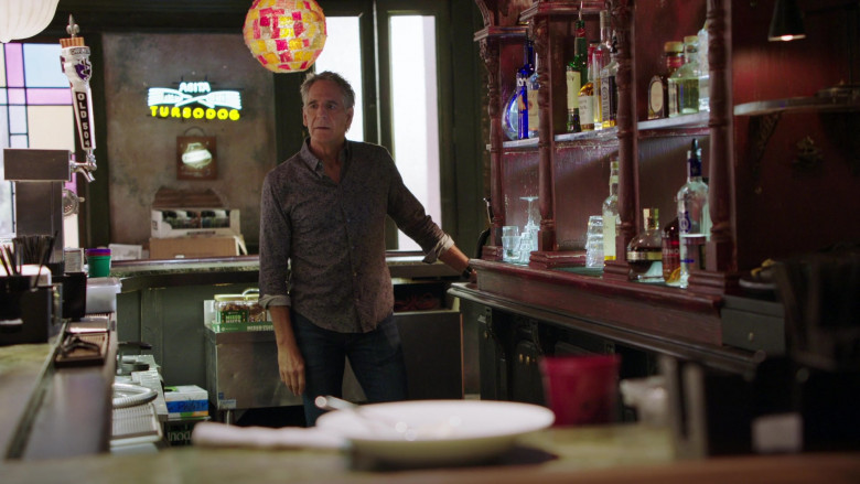 Old 504 Beer by Chafunkta Brewing Company and Abita Turbodog Sign in NCIS New Orleans S07E06 (2)