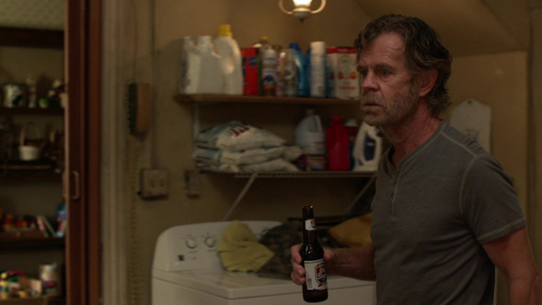 Old Style Beer Enjoyed by William H. Macy as Frank in Shameless S11E04 (2)