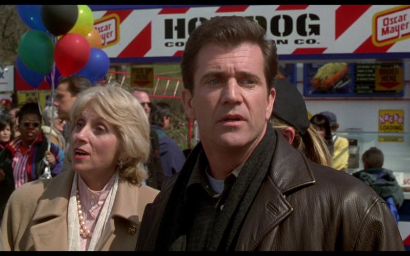 Oscar Mayer hot dog stand in Ransom (1996)
