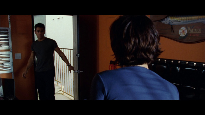 Pacífico Clara in S.W.A.T. (2003)