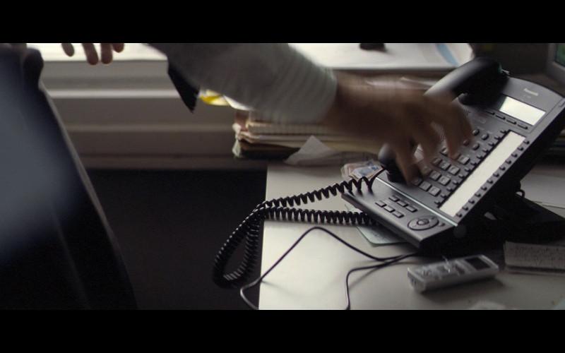 Panasonic telephone in Blitz (2011)