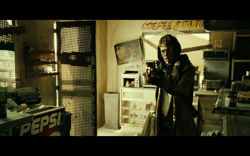Pepsi Soda in Resident Evil Extinction (1)