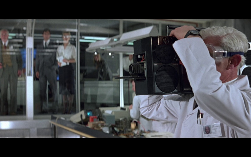 Philips Boombox in The Living Daylights (1987)