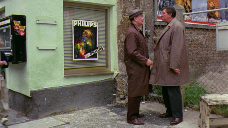 Philips in Willy Wonka & the Chocolate Factory Movie (1)