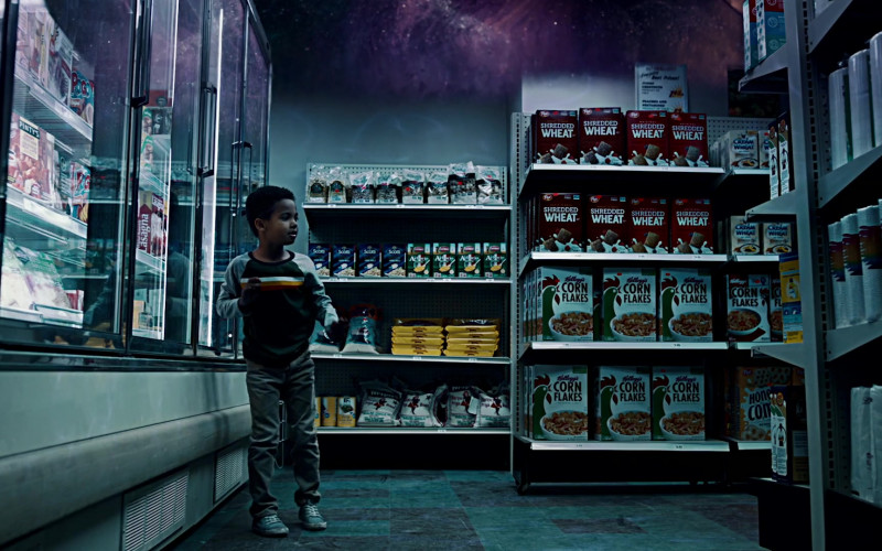 Post Shredded Wheat and Kellogg's Corn Flakes Breakfast Cereals in American Gods S03E02 Serious Moonlight (2021)