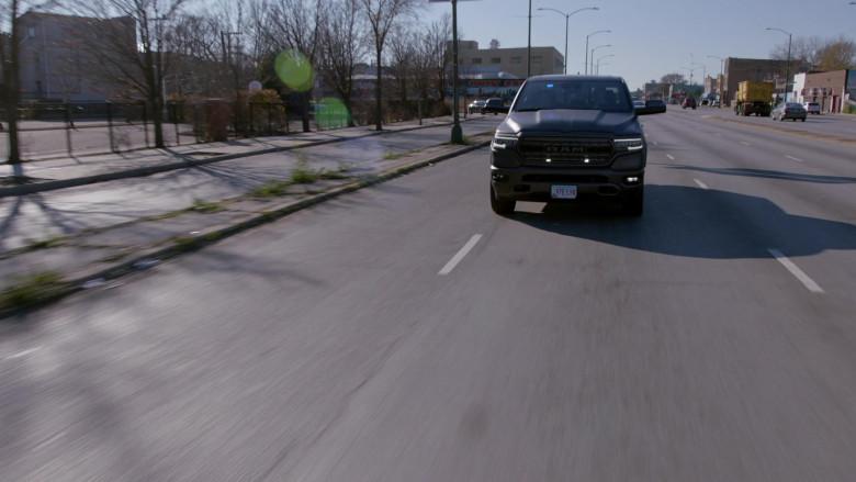 Ram 1500 Pickup Truck in Chicago P.D. S08E04 TV Series (1)