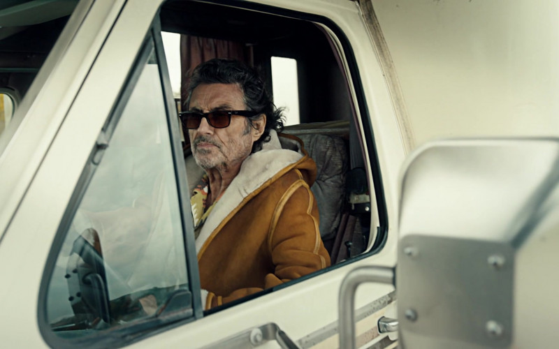 Ray-Ban Men's Sunglasses of Ian McShane as Mr. Wednesday in American Gods S03E01 (1)