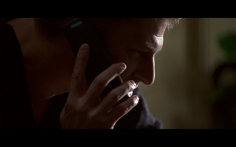 Siemens Phone in Don't Say a Word (2001)