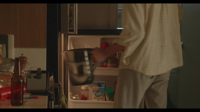 Silk Almond Milk in Everyone Is Doing Great S01E03 So It Seems (2021)