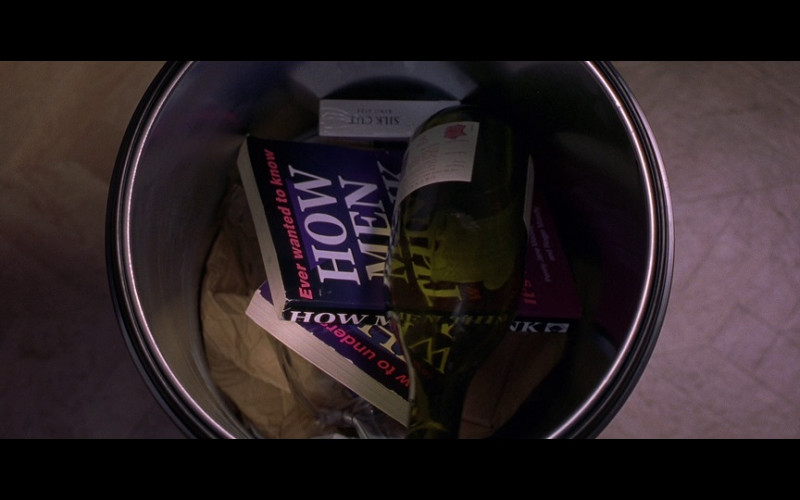 Silk Cut Cigarettes in Bridget Jones's Diary (2001)