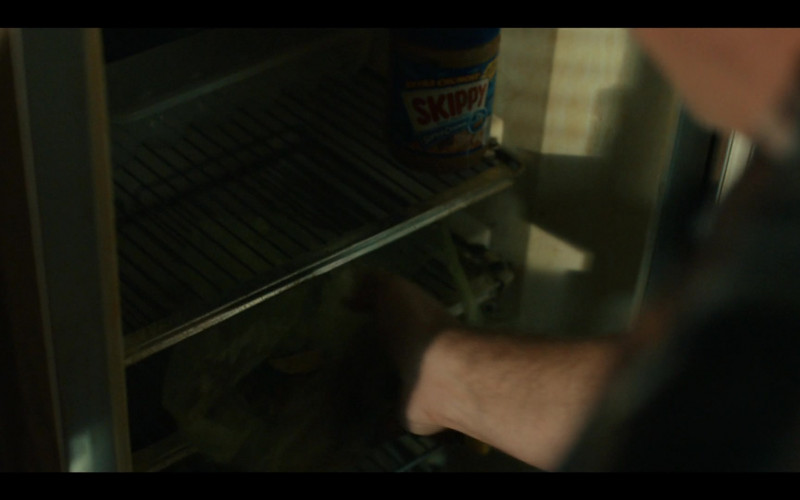 Skippy Peanut Butter in Coyote S01E01 Call of the Void (2021)