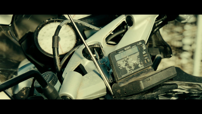 Sony Device in Resident Evil Extinction (2007)