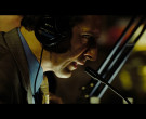 Sony Headphones in The Taking of Pelham 123 (2009)