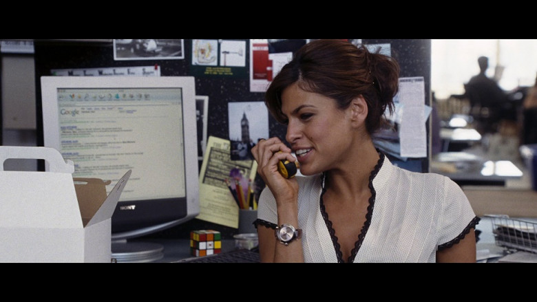 Sony Monitor and Google Web Search Used by Eva Mendes as Sara Melas in Hitch (2005)