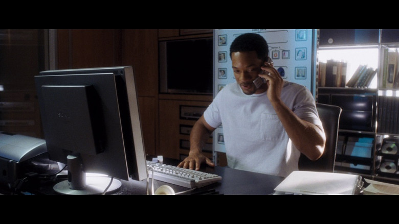 Sony Monitor of Will Smith as Alex Hitchens in Hitch (2005)