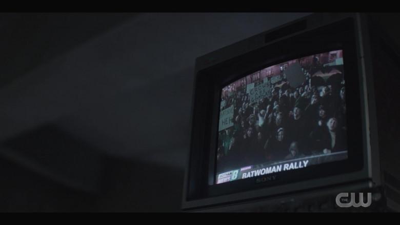 Sony TV in Batwoman S02E02 Prior Criminal History (1)