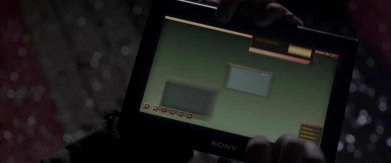 Sony Tablet in Resident Evil Retribution (1)