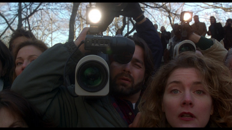 Sony Video Camera in Ransom (1996)