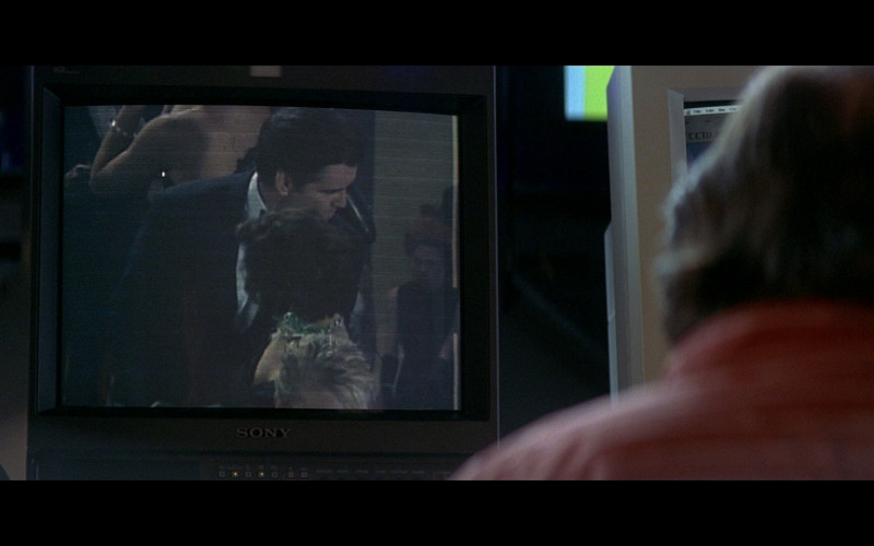 Sony monitor in Tomorrow Never Dies (1997)