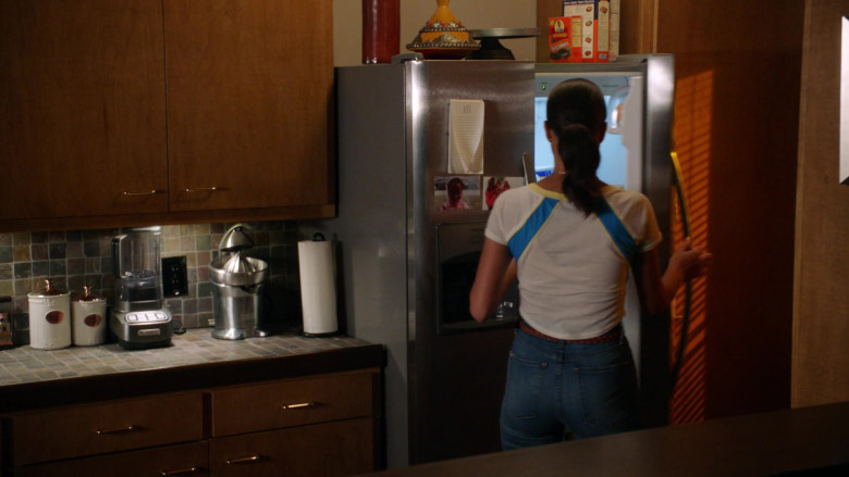 Sun-Maid in 9-1-1 S04E02 Alone Together (2021)