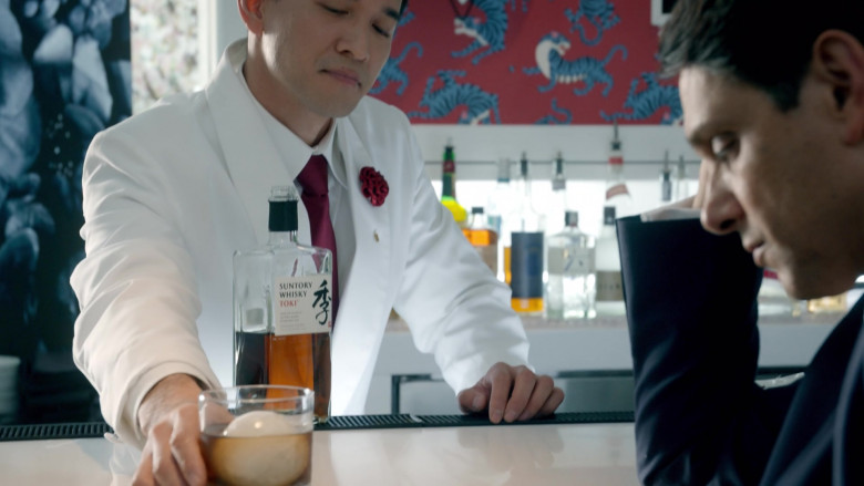 Suntory Whisky Enjoyed by Ralph Macchio as Daniel LaRusso in Cobra Kai S03E04 (1)
