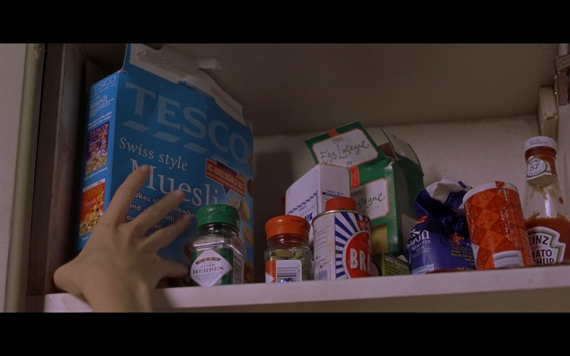 Tesco Food & Heinz tomato ketchup in Bridget Jones's Diary (2001)