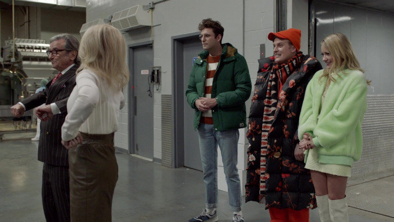 The North Face Green Jacket of John Reynolds as Drew Gardner in Search Party S04E06 (2)