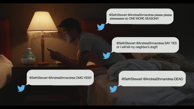 Twitter Social Network in Everyone Is Doing Great S01E04 (3)