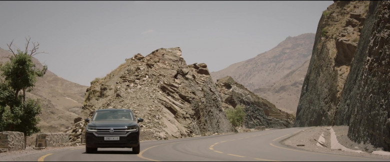 Volkswagen Touareg Car in Redemption Day 2021 Movie (3)