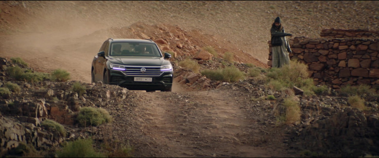 Volkswagen Touareg Car in Redemption Day 2021 Movie (4)