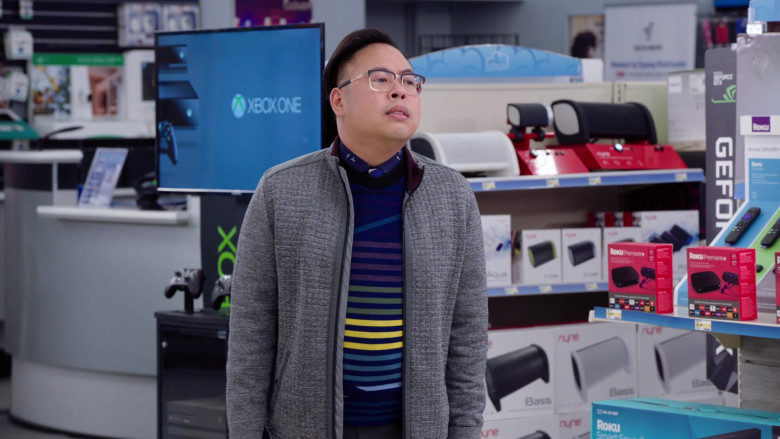 Xbox One, Nyne Speakers, Nvidia GeForce, Roku in Superstore S06E05