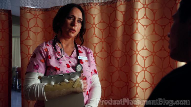 3M Littmann Stethoscope of Jennifer Love Hewitt as Maddie Kendall in 9-1-1 S04E05 (1)