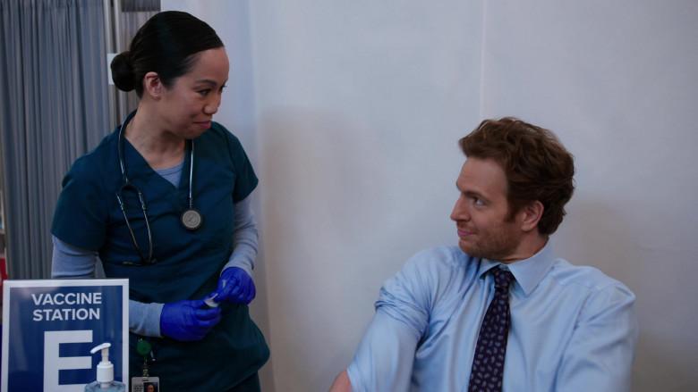 3M Littmann Stethoscope of Lynnette Li as Nurse Nancy in Chicago Med S06E05