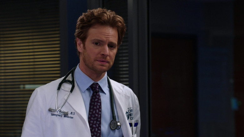 3M Littmann Stethoscope of Nick Gehlfuss as Dr. Will Halstead in Chicago Med S06E05 (3)