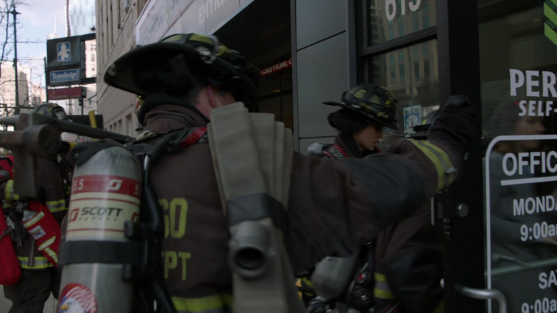 3M Scott Fire & Safety Equipment in Chicago Fire S09E05 (2)