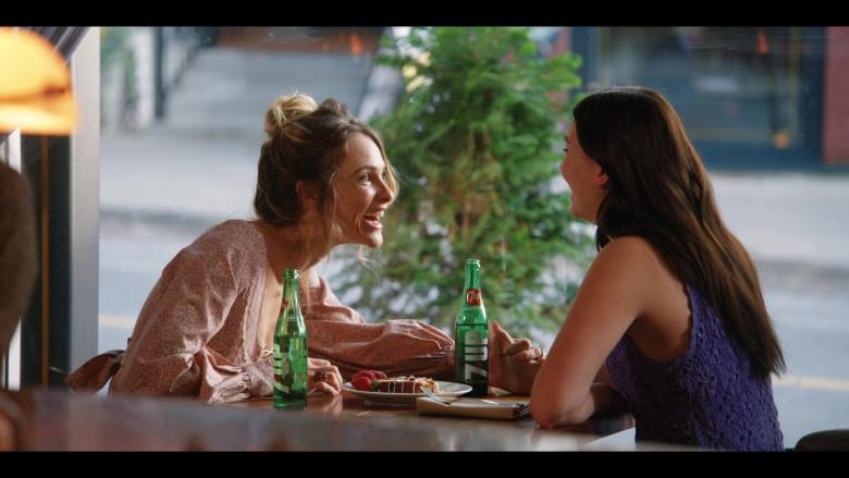 7UP Soda Bottles in Firefly Lane S01E02 (1)