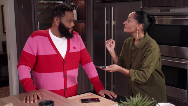 Acne Studios Men's Cardigan of Anthony Anderson as Dre in Black-ish S07E10 (2)