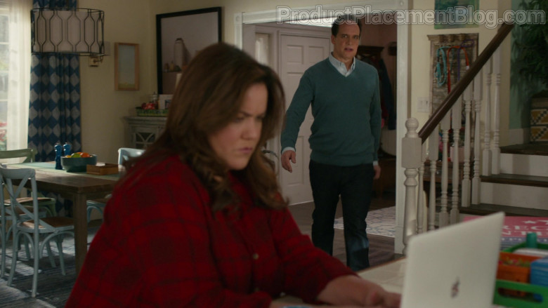 Apple MacBook Laptop of Katy Mixon as Katie Otto in American Housewife S05E09 The Heist (2021)
