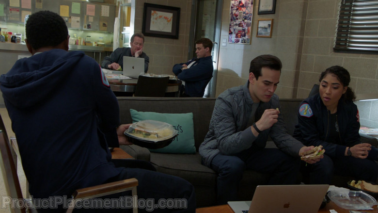 Apple MacBook Pro Laptop Used by Actors in Chicago Fire S09E07 (1)