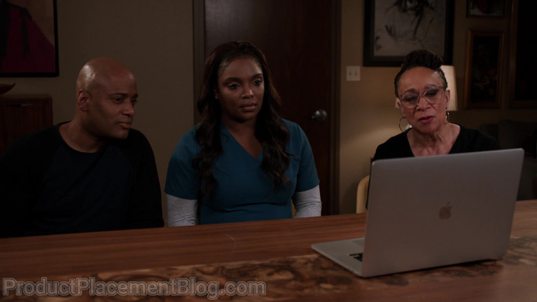 Apple MacBook Pro Laptop in Chicago Med S06E07 Better Is the Enemy of Good (2021)