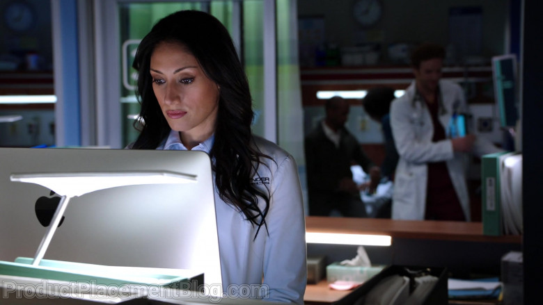 Apple iMac Computers in Chicago Med Season 6 Episode 7 TV Show (1)
