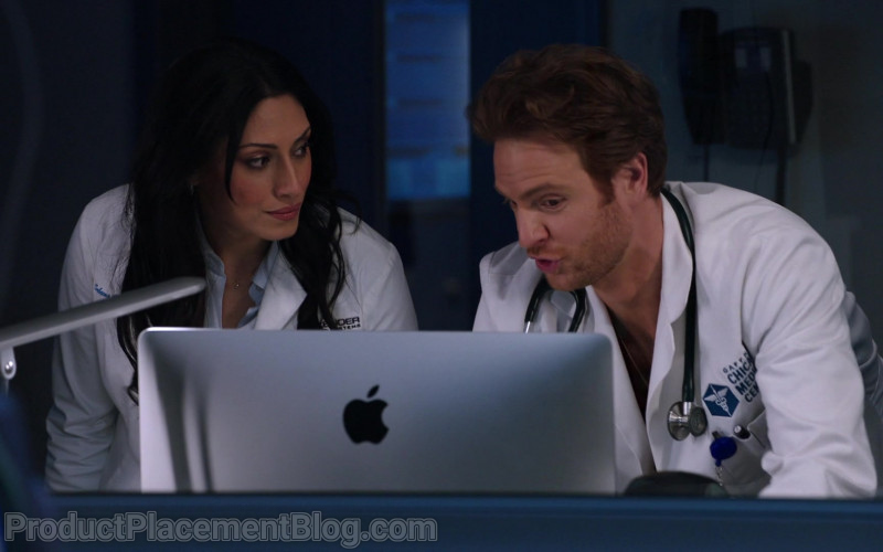 Apple iMac Computers in Chicago Med Season 6 Episode 7 TV Show (5)