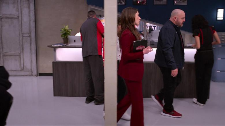 Apple iMac Computers in The Crew S01E02 (2)