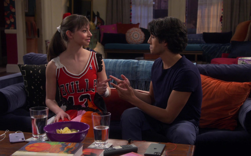 Apple iPhone Smartphones on the Table in Punky Brewster S01E04 Under the Influence (2021)