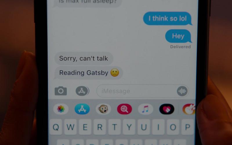 Apple iPhone and iMessage in Ginny & Georgia S01E04 Lydia Bennett is Hundo a Feminist (2021)