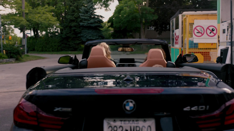 BMW 440i xDrive Convertible Car in Ginny & Georgia S01E01 TV Show (Netflix) (4)