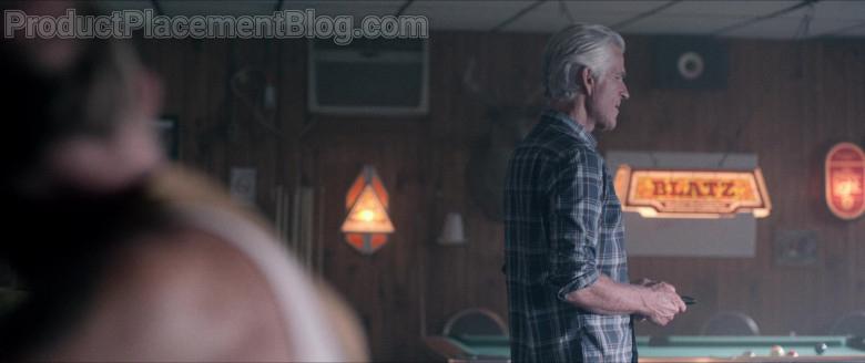 Blatz Beer Pool Lamp in Wrong Turn Film (1)
