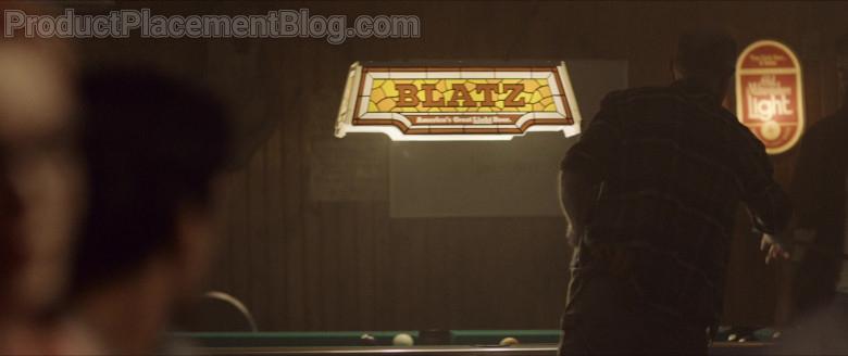 Blatz Beer Pool Lamp in Wrong Turn Film (2)