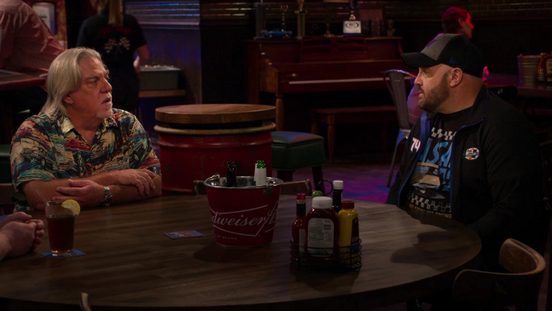 Budweiser Beer Bucket in The Crew S01E08