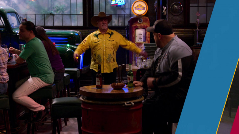 Budweiser and Stella Artois Beer, Busch Sign and Blue Sunoco in The Crew S01E05